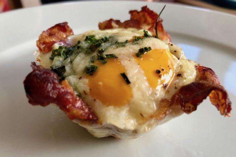 Eier von glücklichen Hühner Rezept Frühstück-Muffins mit Ei Pinneberg Ostern Bio-Eier