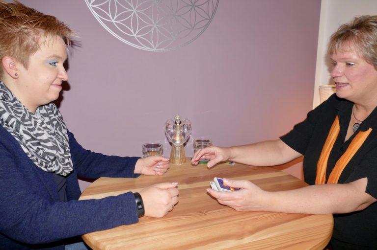 Janett Getsin Tarotkarten legen Elmshorn Kartenlegen Kartenlegerin