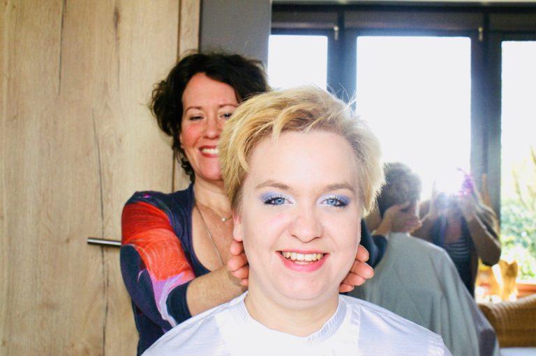 """Naturfriseurin Melanie Böing Elmshorn Salon """"Kraftquelle natur"""""""