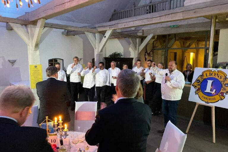 Lions Club Pinneberg Kochen für den guten Zweck die Norderstedterin
