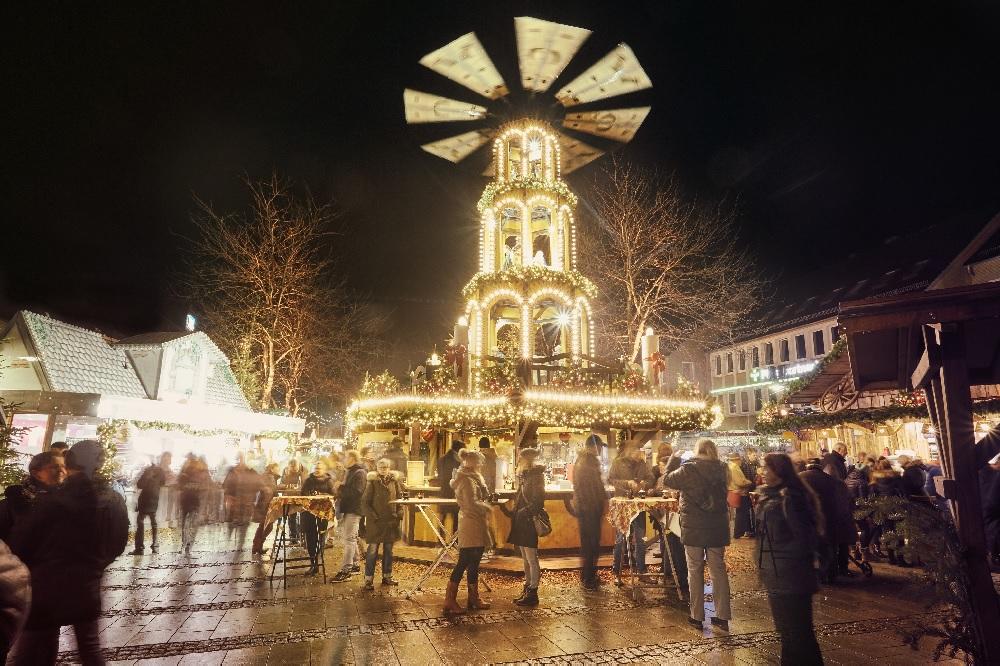 Pinneberger Weihnachtsdorf Stacklies Citymanagement Pinneberg die Norderstedterin Weihnachtsmarkt